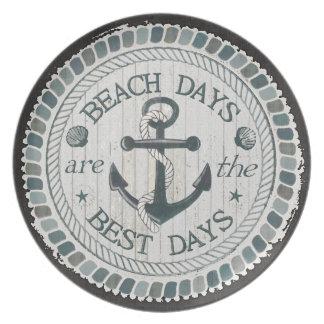 Placa rústica de la mejor playa náutica de los plato para fiesta