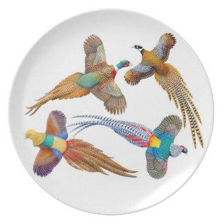 Placa salvaje de los faisanes que vuela plato
