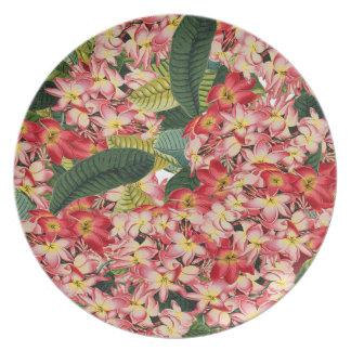 Placa tropical de las flores de la isla floral del plato