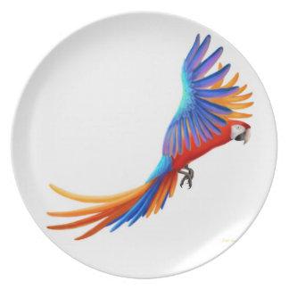Placa tropical del loro del Macaw del vuelo Plato De Cena