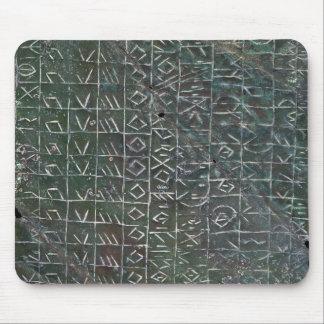 Placa votiva con una inscripción venetic alfombrilla de ratones