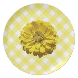 Placa - Zinnia amarillo en enrejado Plato