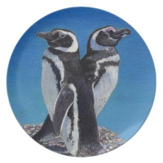 Placas adorables del pingüino platos para fiestas