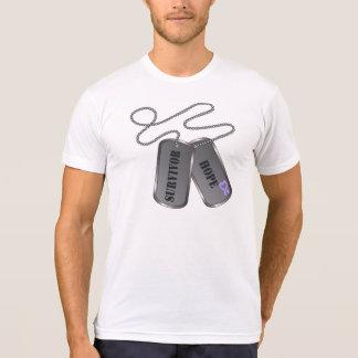 Placas de identificación de general Cancer Survivo Camiseta