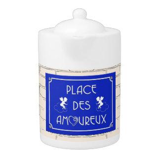 Place des Amoureux Teapot