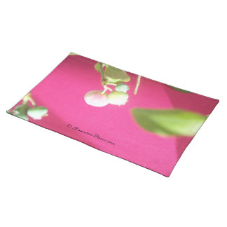 Placemat-BerriesOnPink#2.© Roseanne Pears 2012. Placemat