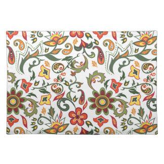 Placemat con los modelos decorativos florales mantel