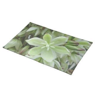 Placemat - flor de la yuca mantel