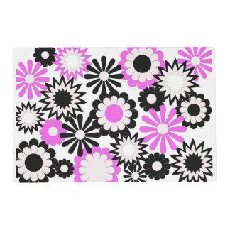 Placemat, floral de papel, rosado, negro, y blanco tapete individual