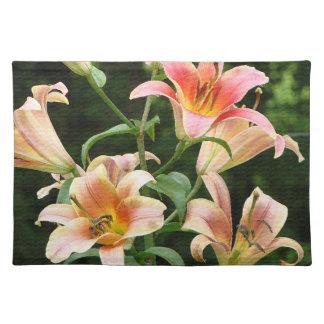 Placemat floral mantel