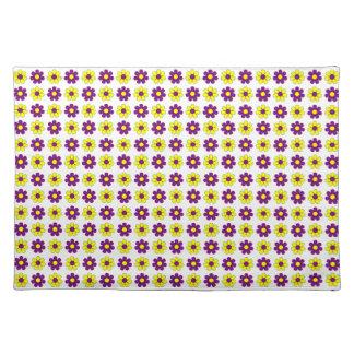 Placemat púrpura y amarillo de las flores mantel individual