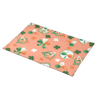 Placemat  with shamrock patterns