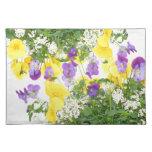 Placemats floral mantel