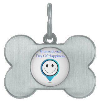 Placement showing a smiley pet tag
