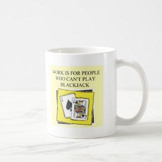 placer de los jugadores de la veintiuna taza básica blanca