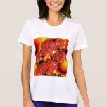 Placeres de la llama, fuego anaranjado rojo camiseta