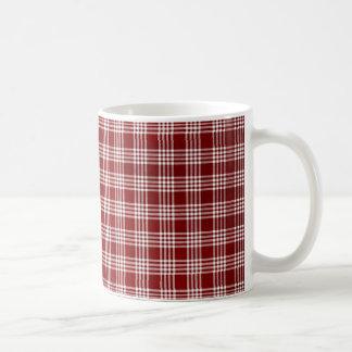 Plad rojo y blanco taza clásica