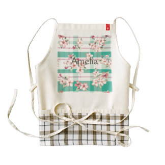 Plaid,pattern,floral,green,pink,white,trendy,fun, Zazzle HEART Apron