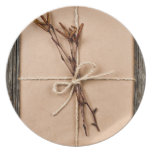 Plain gift with natural decorations dinner plate