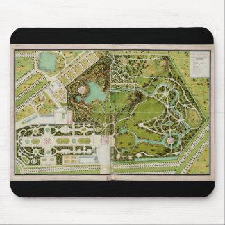 Plan du jardin et chateau de la Reine Mouse Pad