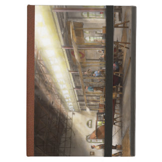 Plane - In the Airplane Factory 1918 iPad Air Cover
