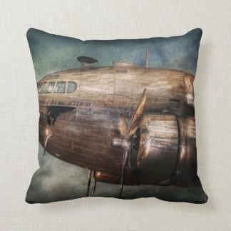 Plane - Pilot - The flying cloud Throw Pillow