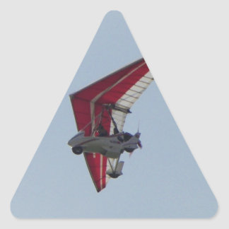 Planeador de caída accionado pegatina triangular