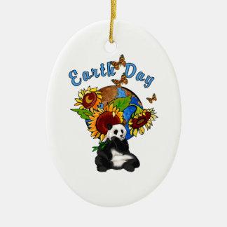 Planeta de la panda del Día de la Tierra Ornamente De Reyes