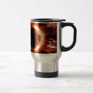 Planeta en el fuego - imagen caliente taza de viaje