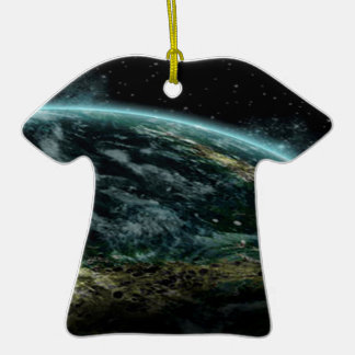 Planeta extranjero adorno de cerámica en forma de camiseta