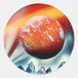 Planeta rojo sobre las montañas con hacer etiquetas redondas