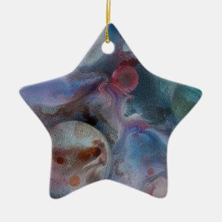 Planetas entre el cosmos adorno de cerámica en forma de estrella