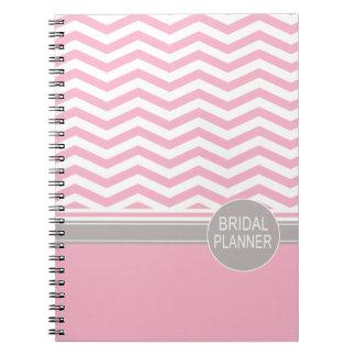 Planificador nupcial rosado elegante del monograma libreta espiral