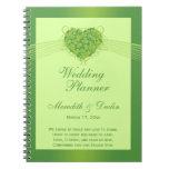 Planificador verde del boda del corazón de los tré libretas espirales