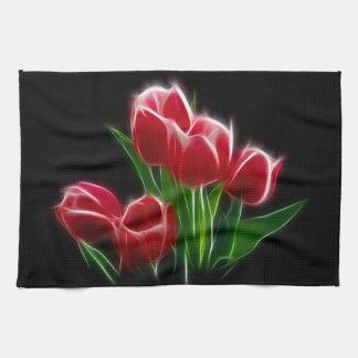Planta del rojo de la flor del tulipán toalla