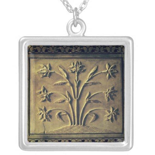Planta floreciente, el panel del detalle colgante cuadrado