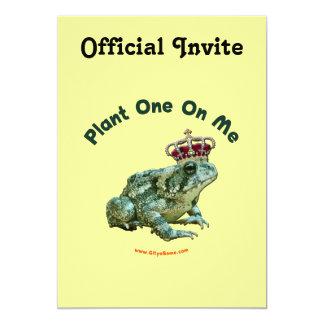 """Planta una en mí beso del sapo de la rana invitación 5"""" x 7"""""""