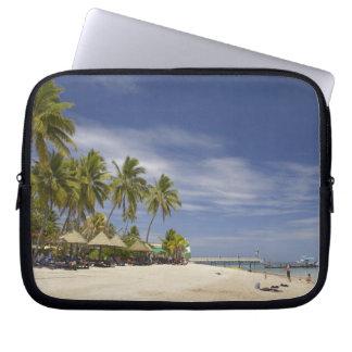 Plantation Island Resort, Malolo Lailai Island 4 Laptop Sleeve