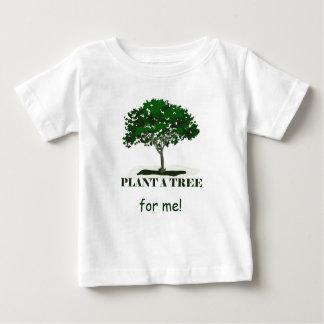 Plante un árbol para mí el niño T Playera De Bebé