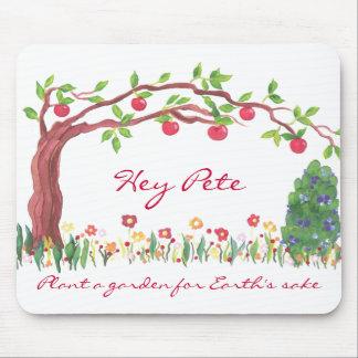 Plante un jardín para el manzano del motivo de la  alfombrilla de ratones