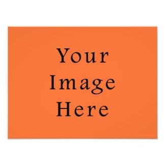 Plantilla anaranjada del espacio en blanco de la t fotografías