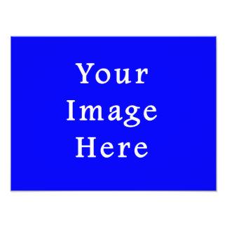 Plantilla azul brillante pura del espacio en blanc arte con fotos
