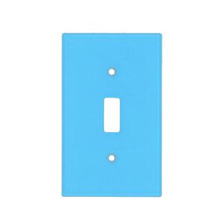 Plantilla azul de la tendencia del color del cielo cubierta para interruptor