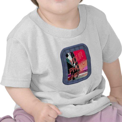 Plantilla azul del marco del dril de algodón camisetas