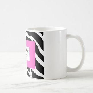 Plantilla blanca rosada de la cebra tazas
