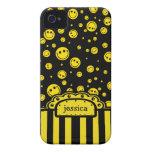 Plantilla conocida sonriente de PolkaDot iPhone 4 Case-Mate Cárcasa
