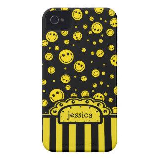 Plantilla conocida sonriente de PolkaDot iPhone 4 Protectores