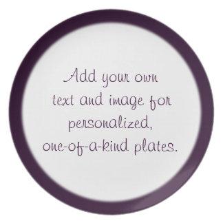 Plantilla de color morado oscuro de la placa del b plato