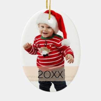 Plantilla de encargo del ornamento del año de la adorno navideño ovalado de cerámica