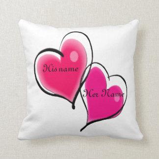 Plantilla de la almohada de dos corazones